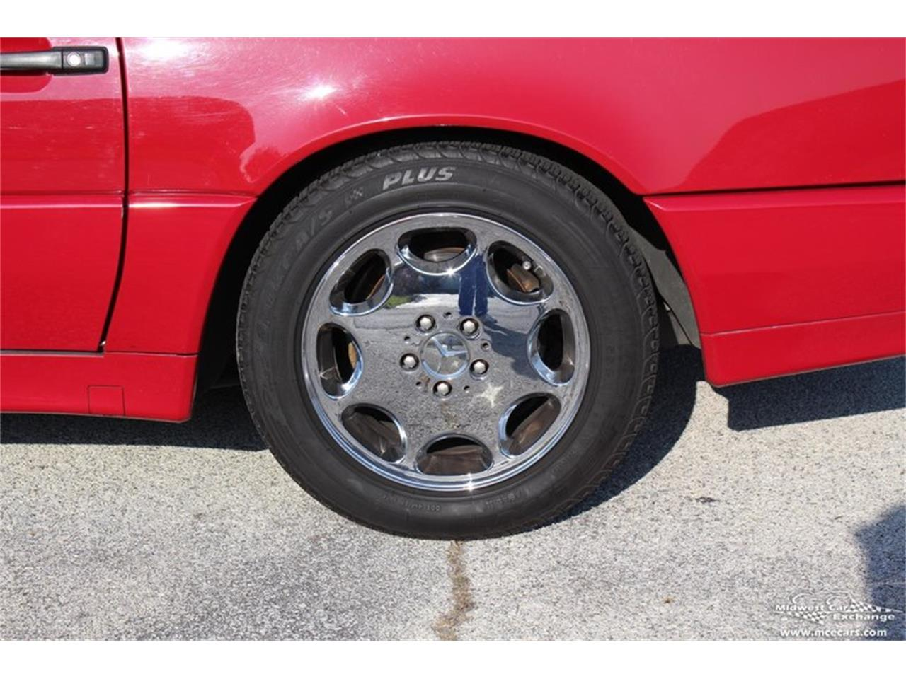 Large Picture of 1995 SL500 located in Illinois Offered by Midwest Car Exchange - M42A