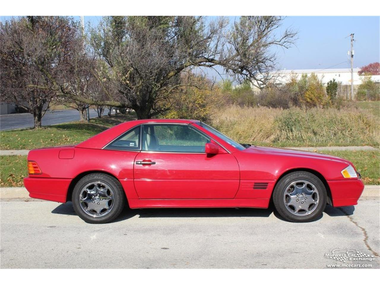 Large Picture of '95 SL500 located in Alsip Illinois - $14,900.00 Offered by Midwest Car Exchange - M42A
