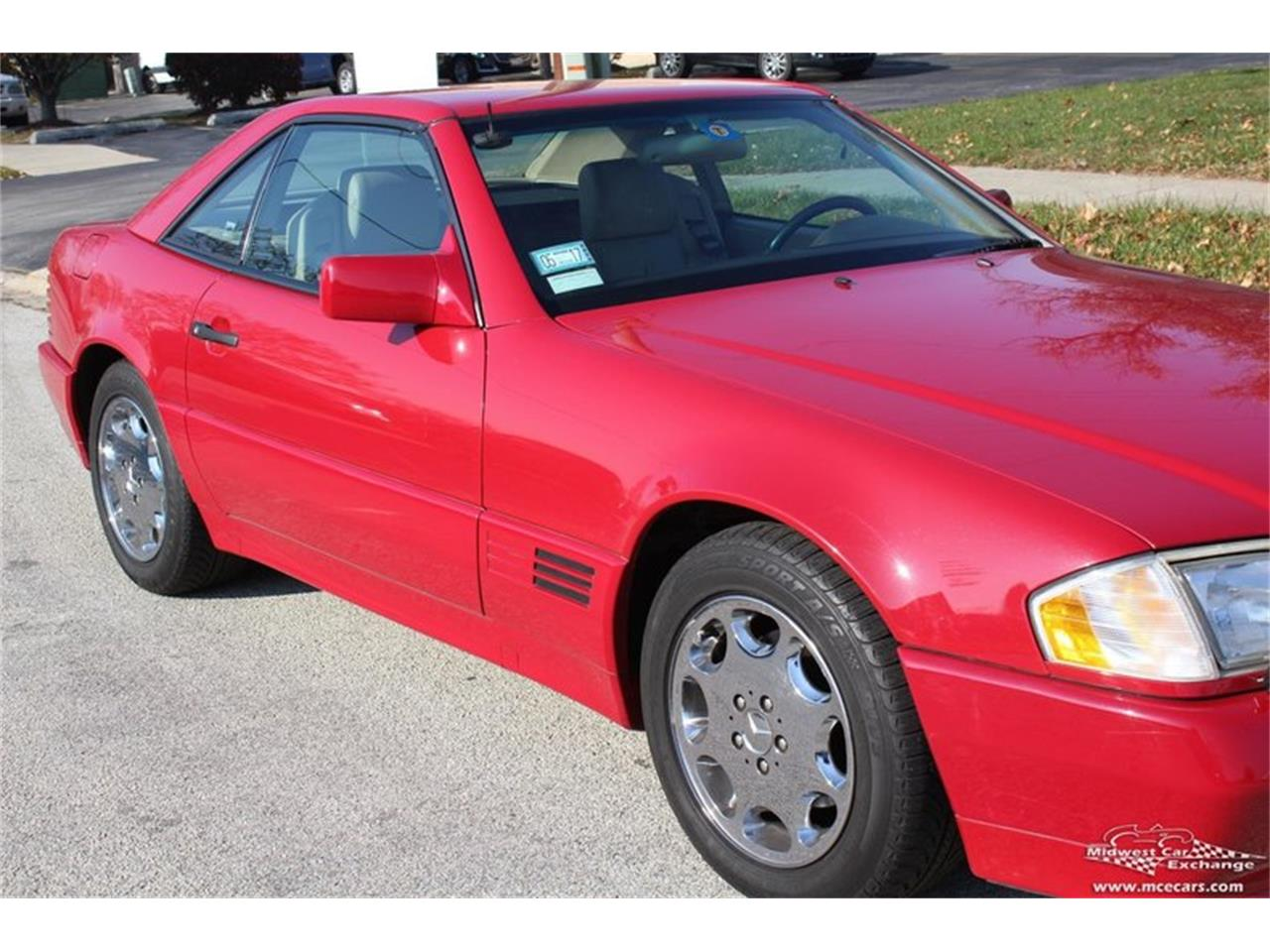Large Picture of 1995 Mercedes-Benz SL500 - $14,900.00 Offered by Midwest Car Exchange - M42A
