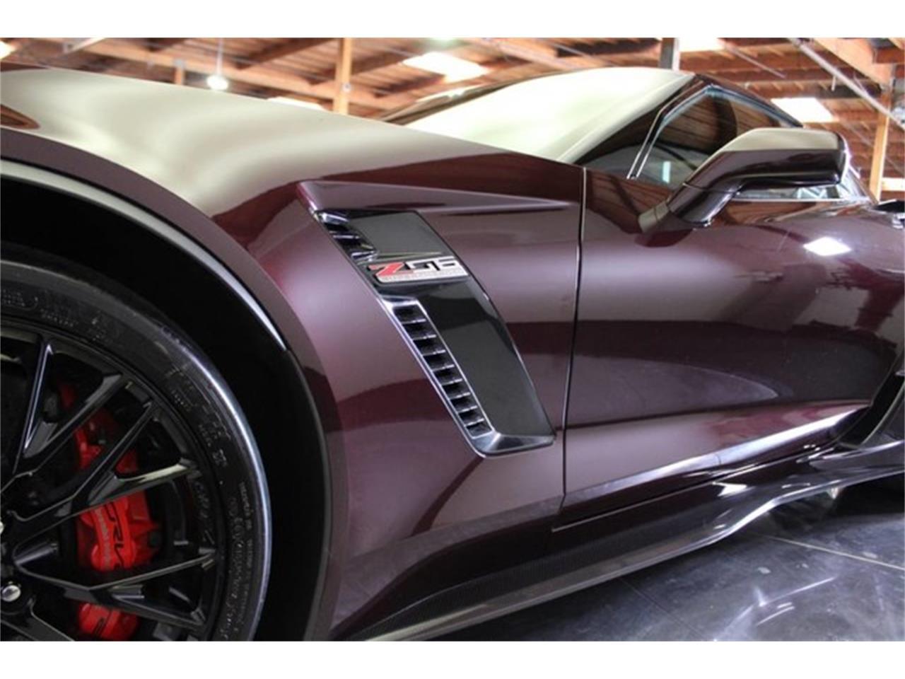 Large Picture of '17 Corvette - M42C