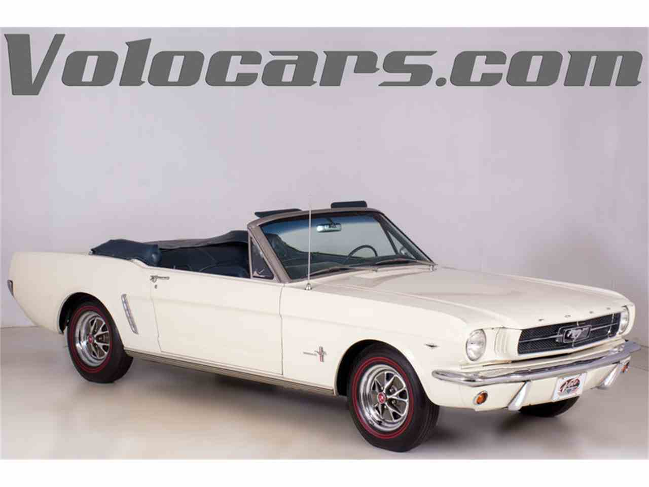 Large Picture of '64 Ford Mustang Offered by Volo Auto Museum - M463