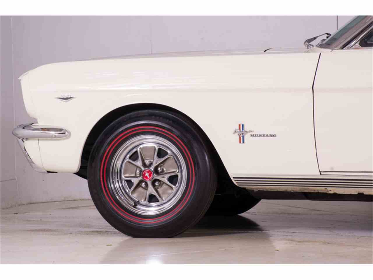 Large Picture of Classic 1964 Ford Mustang Offered by Volo Auto Museum - M463