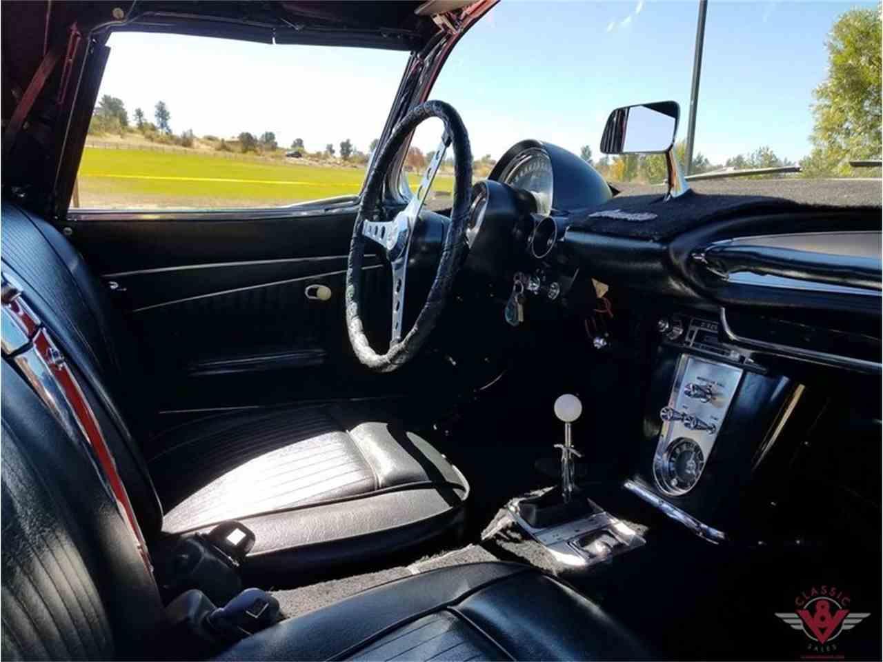 Large Picture of '62 Corvette - M479