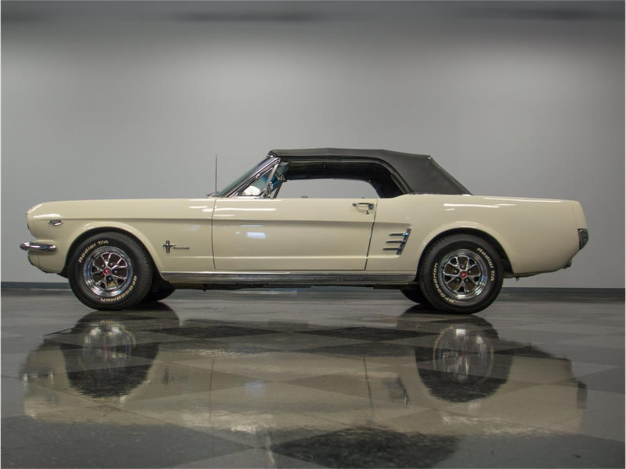 Large Picture of '66 Mustang Offered by Streetside Classics - Charlotte - M47G