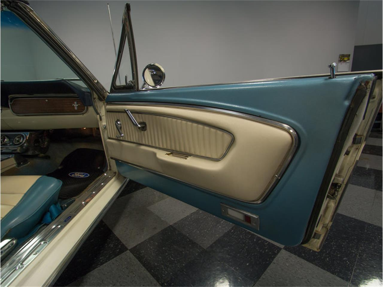 Large Picture of '66 Ford Mustang - $22,995.00 - M47G