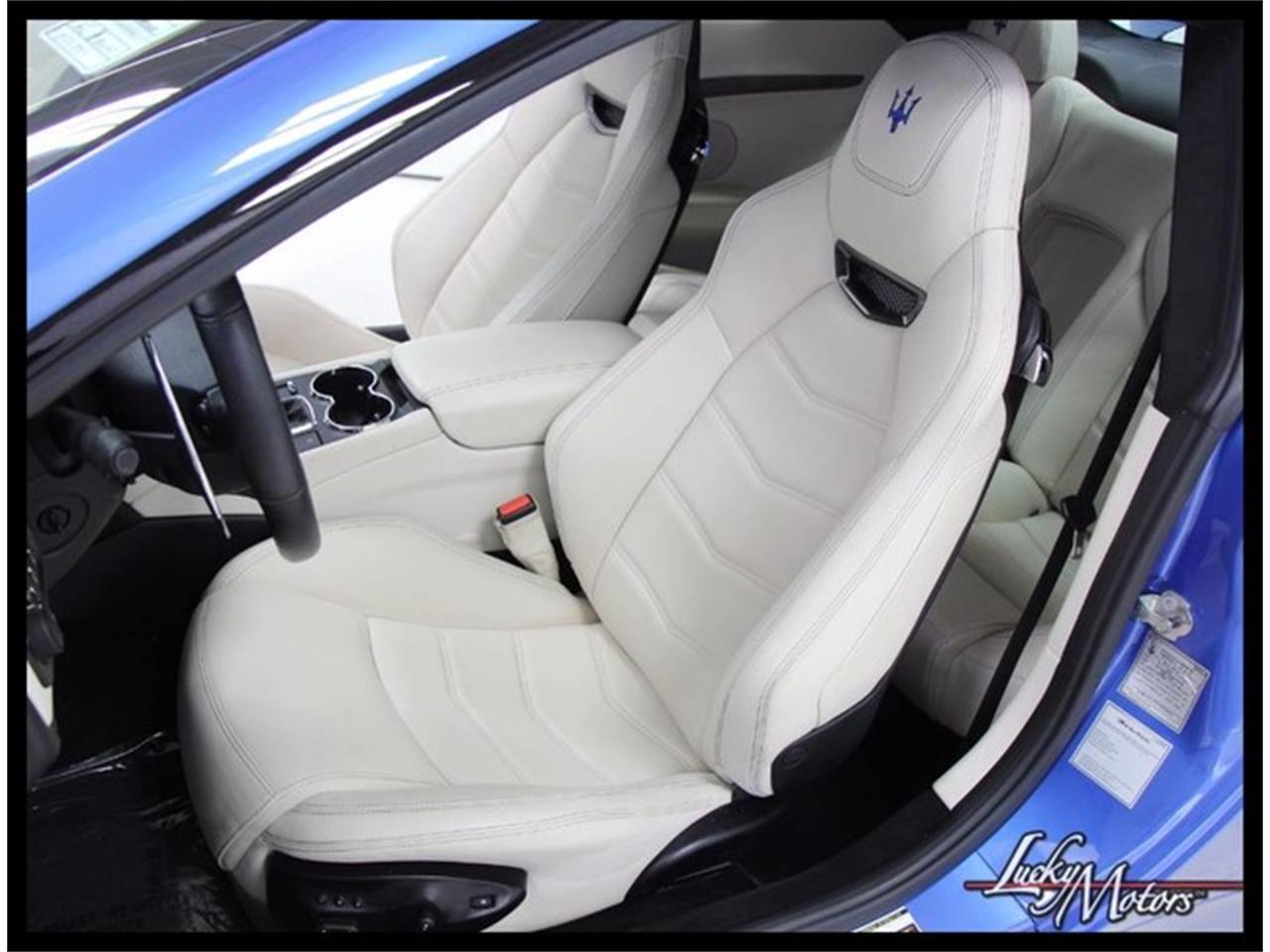 Large Picture of '13 Maserati GranTurismo - M48V