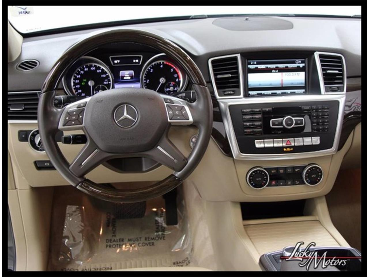 Large Picture of 2015 Mercedes-Benz M-Class located in Illinois Offered by Lucky Motors Of Villa Park - M4BO