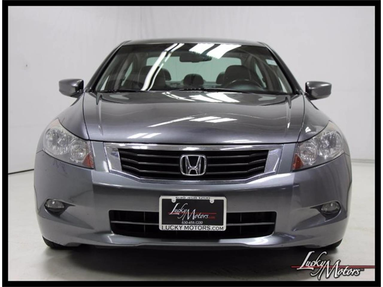 Large Picture of '10 Honda Accord - $7,990.00 Offered by Lucky Motors Of Villa Park - M4E6