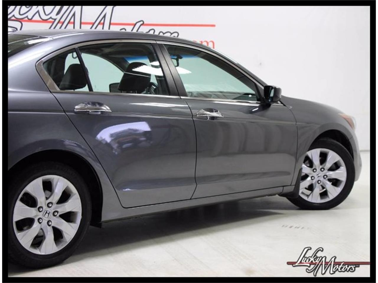 Large Picture of 2010 Accord located in Elmhurst Illinois - $7,990.00 - M4E6