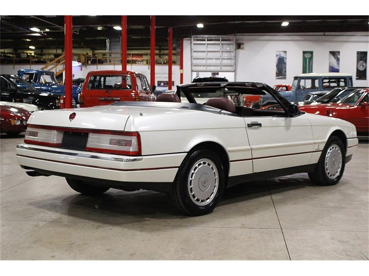 Large Picture of '90 Allante - M4F6