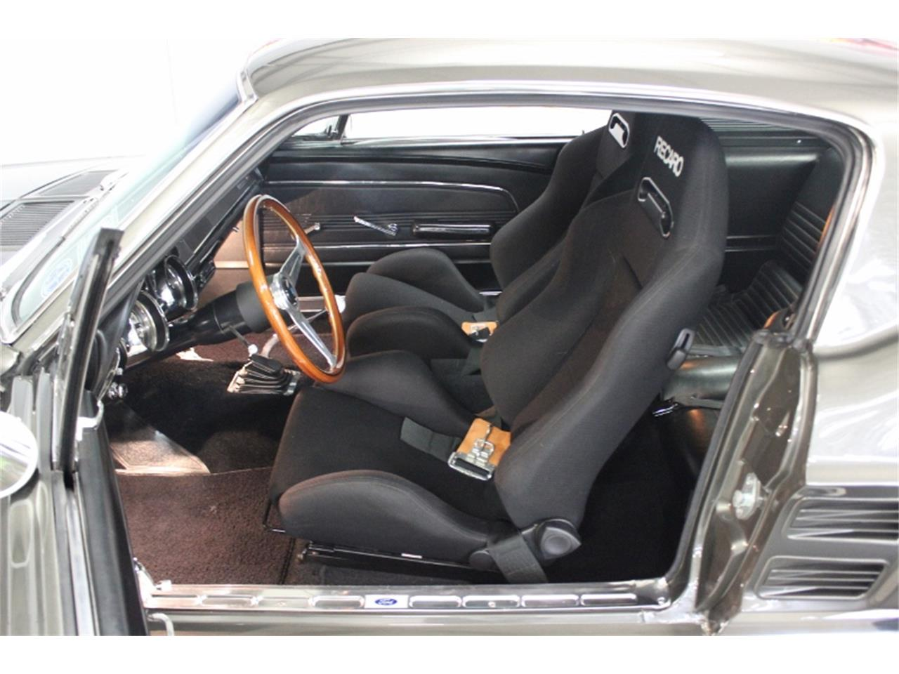 Large Picture of Classic '67 Ford Mustang - M4K9