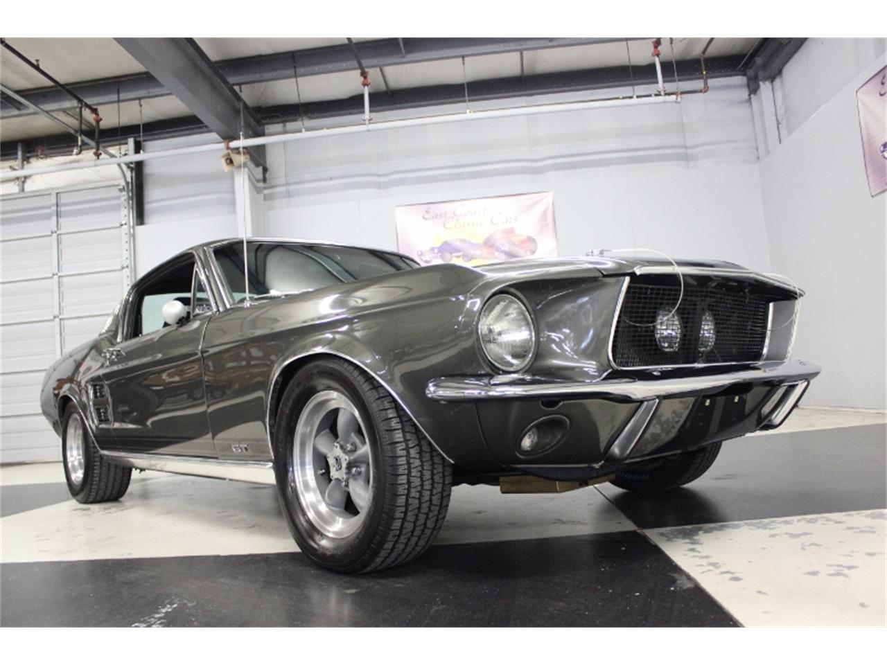 Large Picture of Classic 1967 Mustang - M4K9