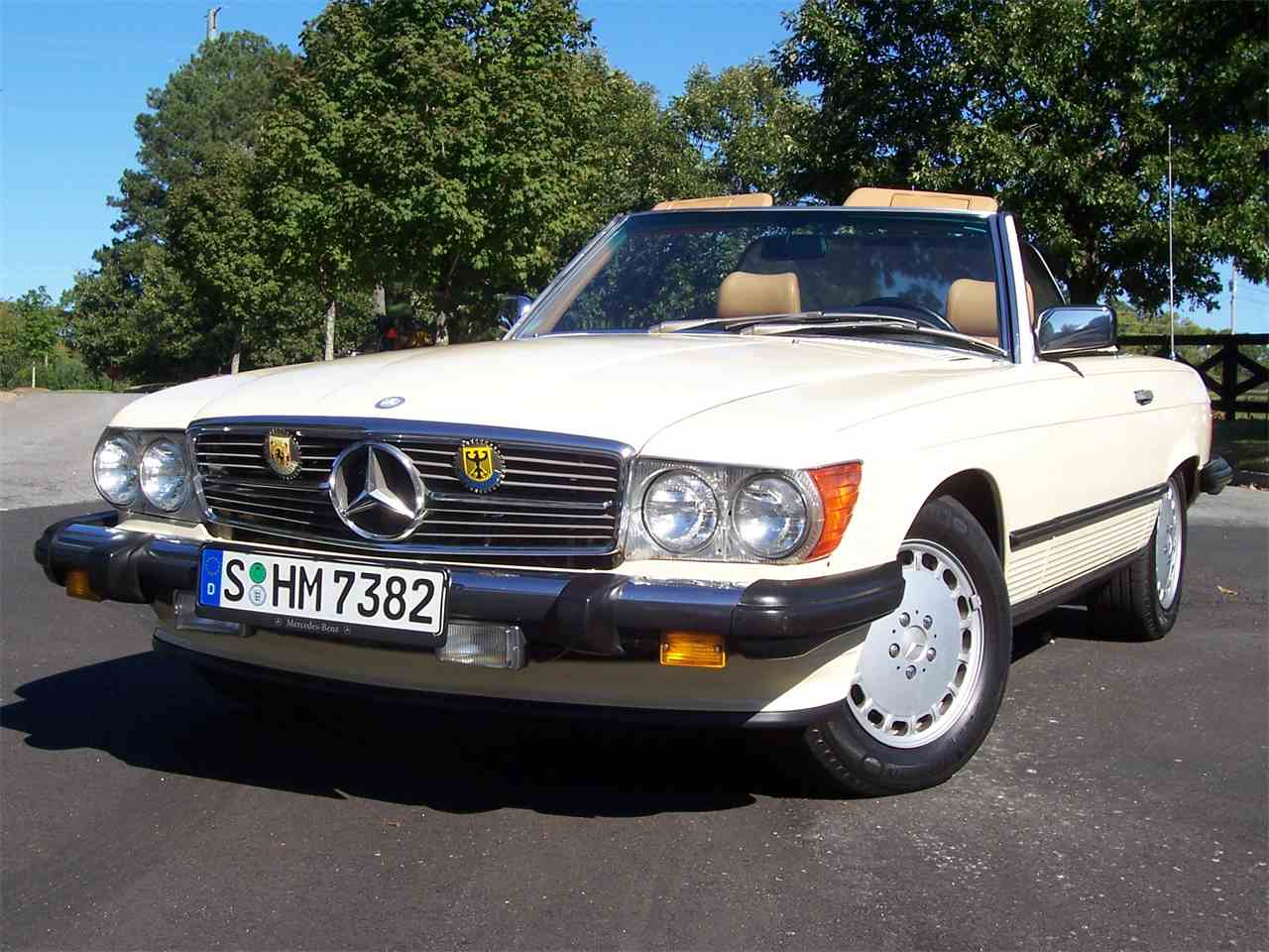 Large Picture of '89 Mercedes-Benz 560SL Offered by Cloud 9 Classics - M4KP