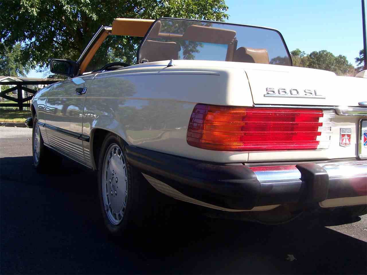 Large Picture of 1989 560SL - M4KP