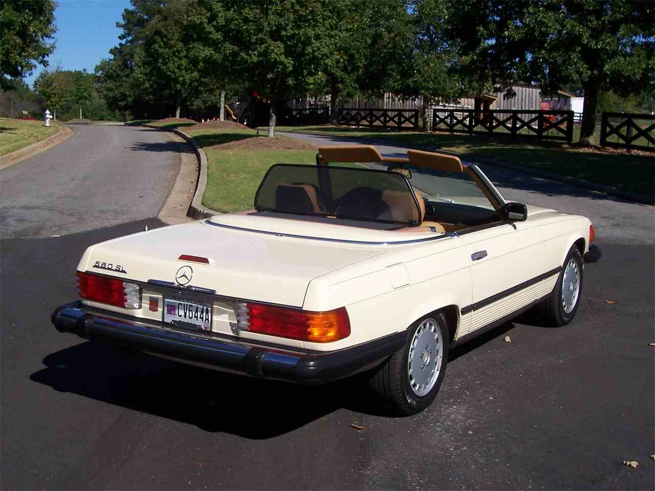 Large Picture of 1989 560SL located in Alpharetta Georgia Offered by Cloud 9 Classics - M4KP
