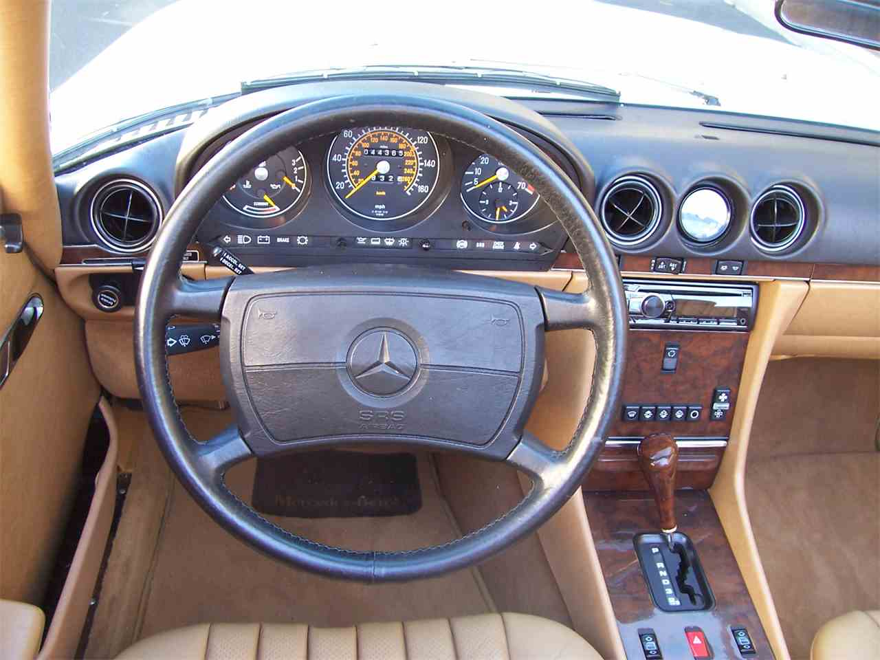 Large Picture of '89 Mercedes-Benz 560SL located in Georgia Offered by Cloud 9 Classics - M4KP