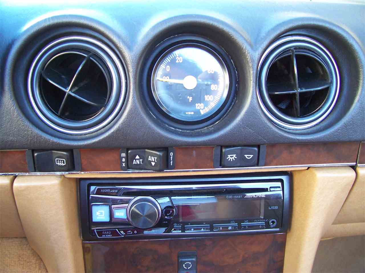 Large Picture of 1989 560SL - $29,900.00 Offered by Cloud 9 Classics - M4KP