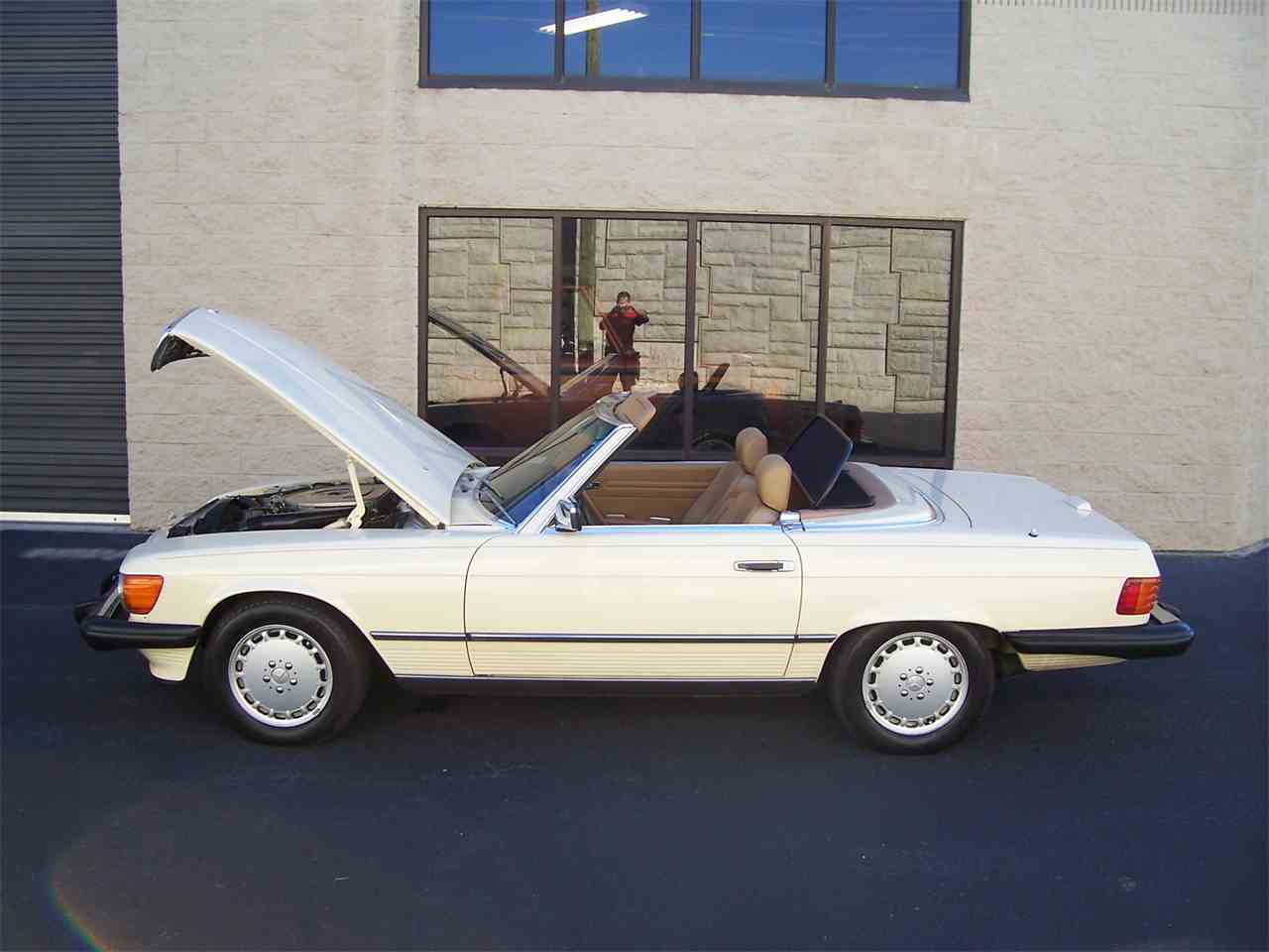 Large Picture of '89 560SL located in Georgia - $29,900.00 Offered by Cloud 9 Classics - M4KP