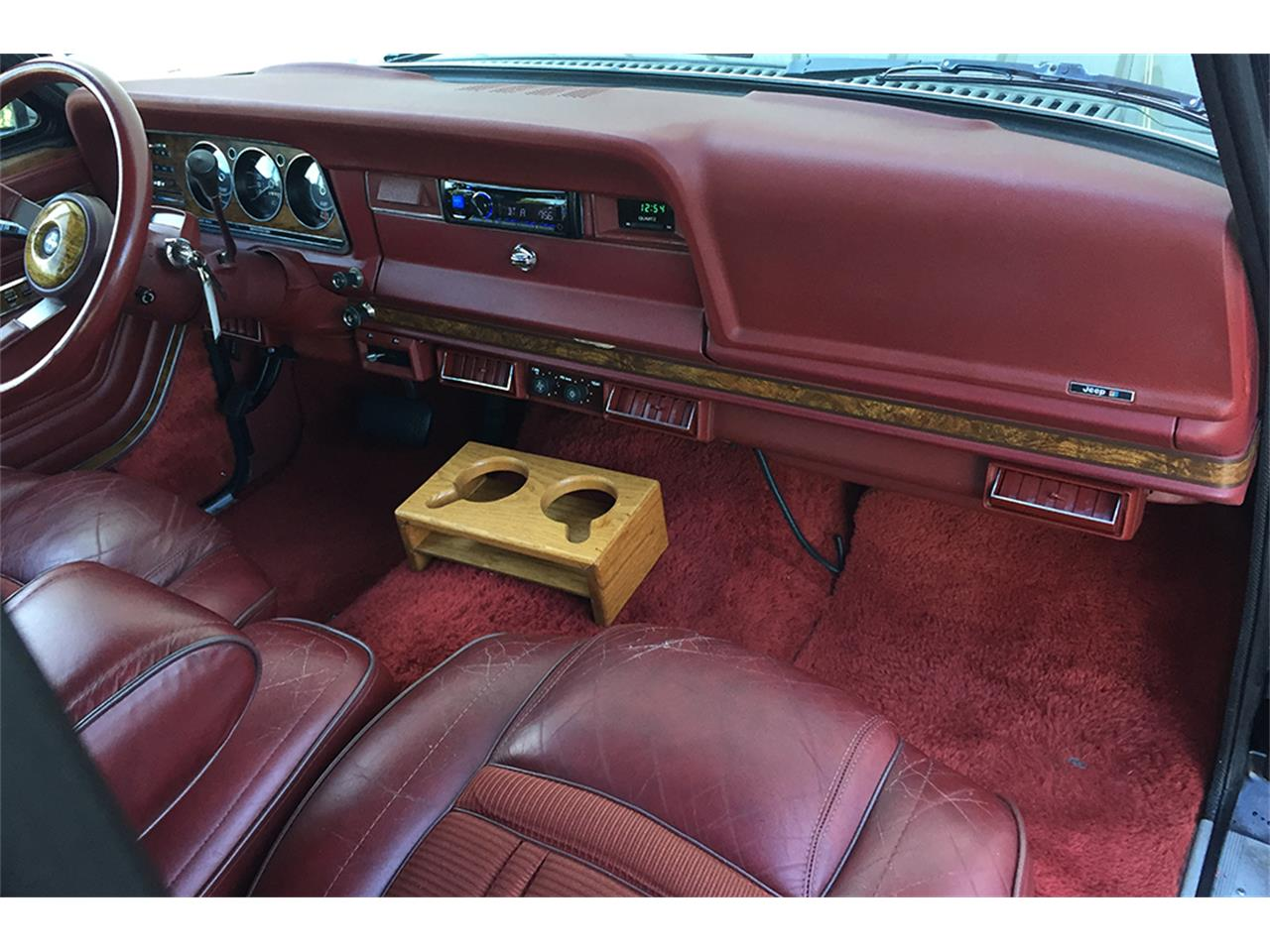 Large Picture of '85 Wagoneer - M4N5