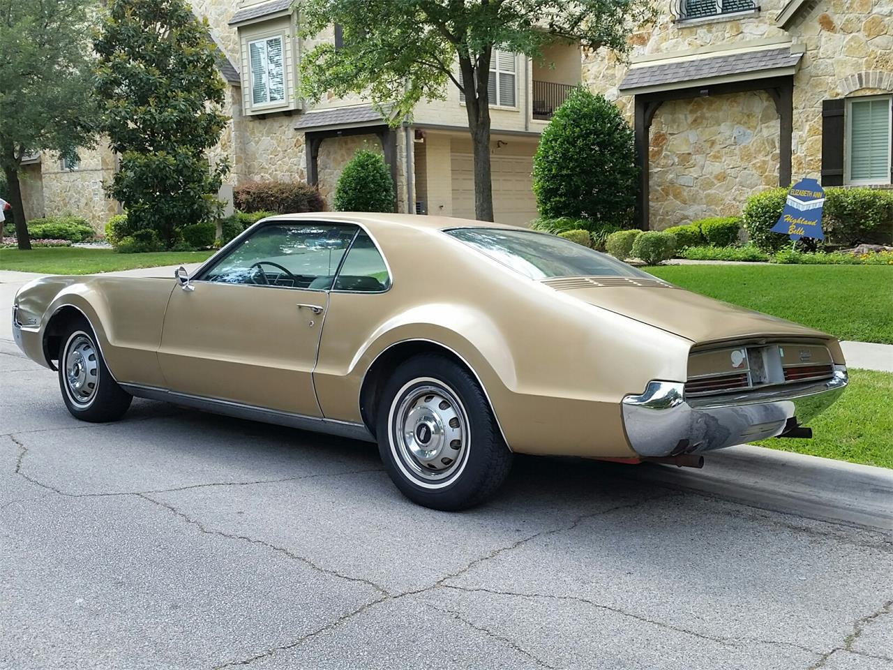 Large Picture of '66 Toronado - M4TB