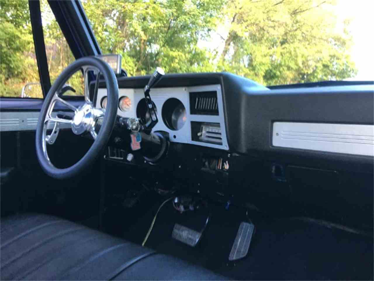 Large Picture of '82 Chevrolet C/K 10 located in Dickson Tennessee - M2YM