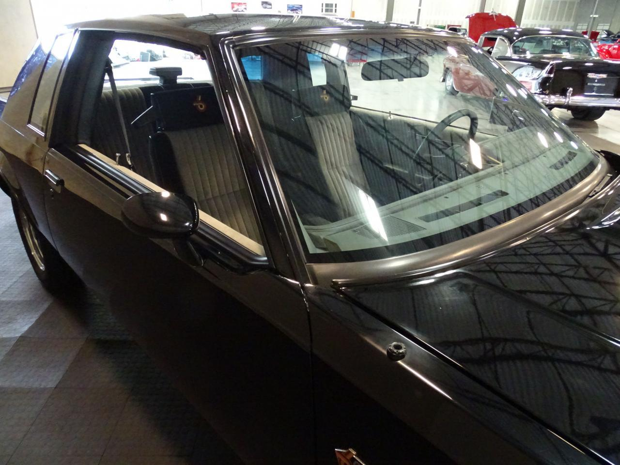 Large Picture of '87 Regal located in Ruskin Florida - M4V5