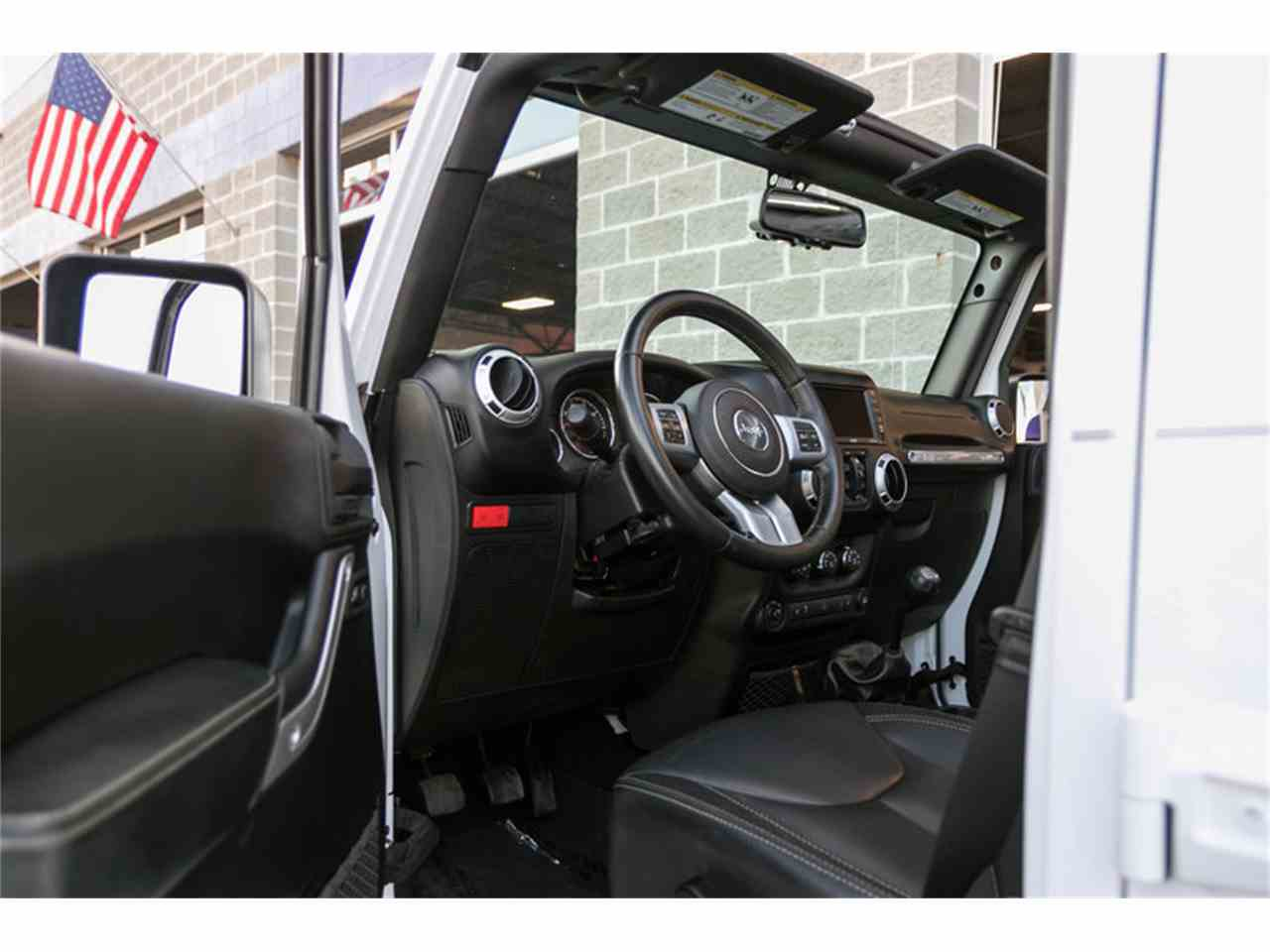 Large Picture of 2015 Jeep Wrangler - M4VI