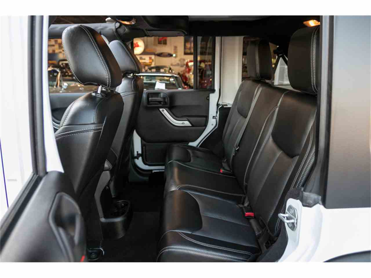Large Picture of '15 Wrangler located in Missouri - $29,995.00 Offered by Fast Lane Classic Cars Inc. - M4VI