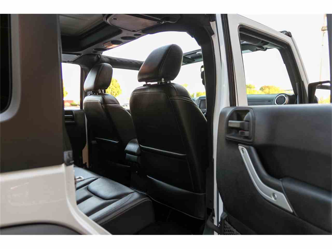 Large Picture of '15 Jeep Wrangler located in St. Charles Missouri - M4VI
