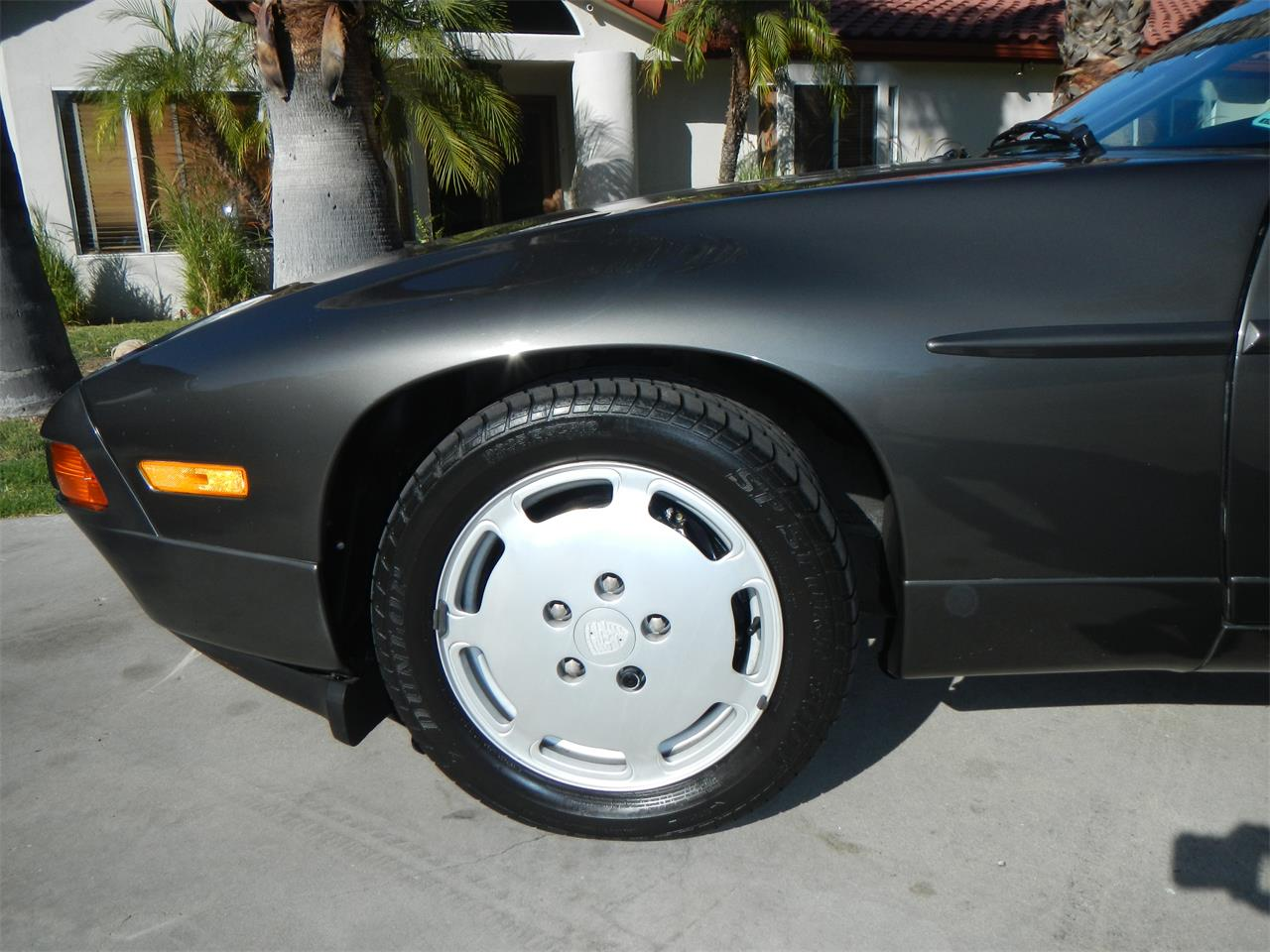 Large Picture of '89 Porsche 928S Offered by California Cadillac And Collectibles - M590