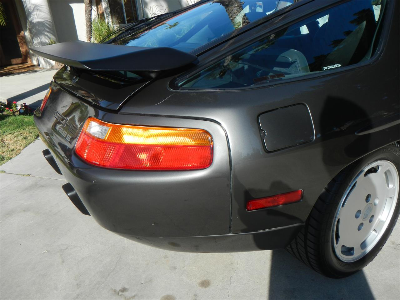 Large Picture of 1989 Porsche 928S located in California - $36,900.00 - M590