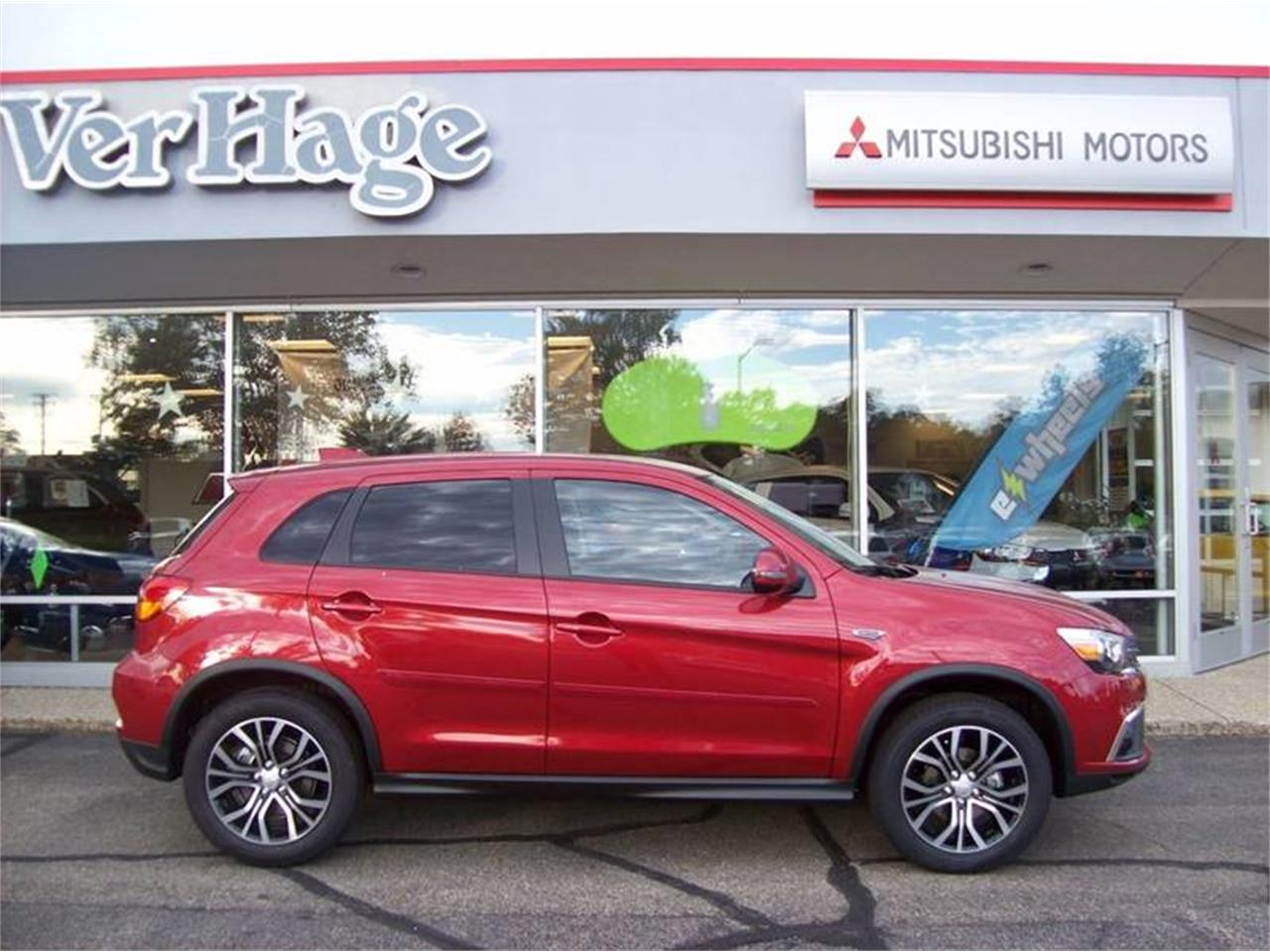 Large Picture of '18 Mitsubishi Outlander - $17,499.00 - M5CZ