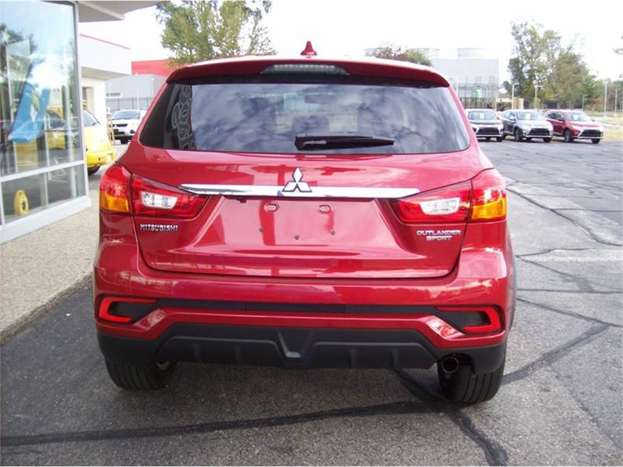 Large Picture of '18 Mitsubishi Outlander - $17,499.00 Offered by Verhage Mitsubishi - M5CZ