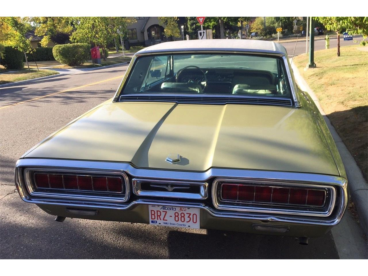 Large Picture of 1965 Ford Thunderbird located in Calgary Alberta - M5HF