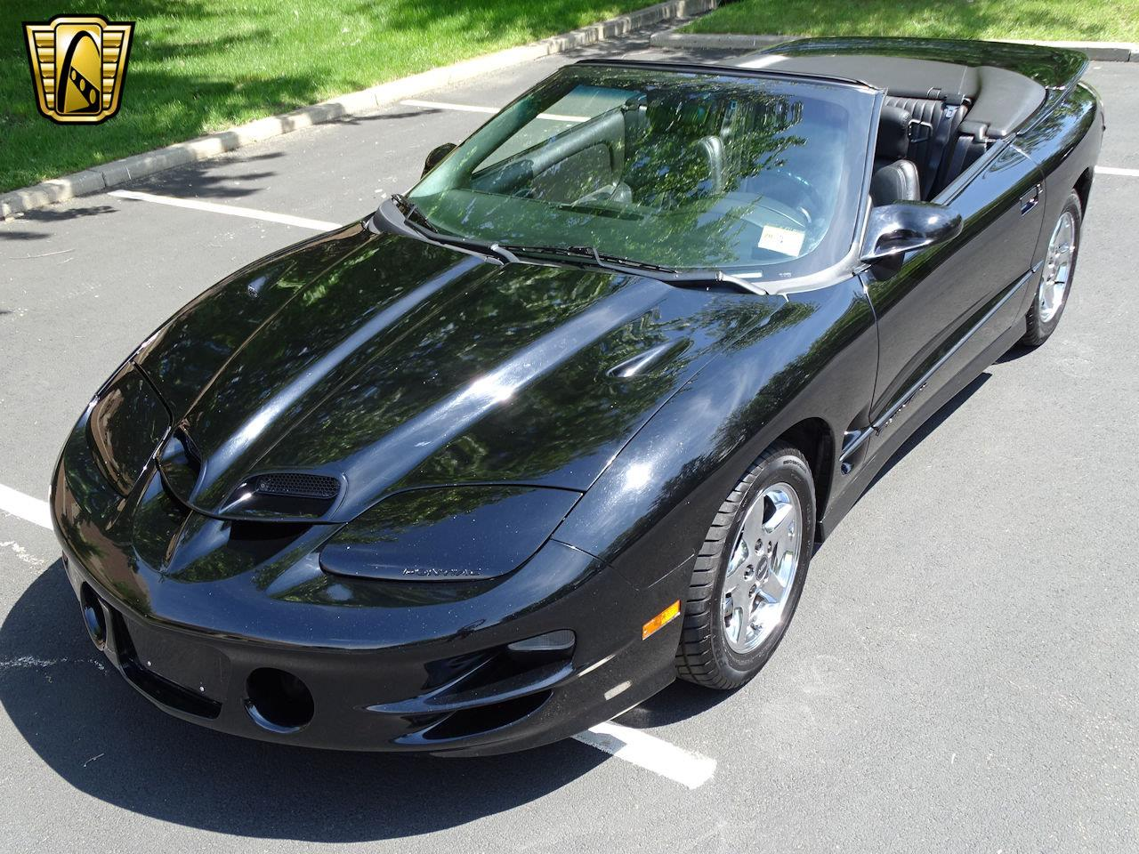 Large Picture of 2000 Pontiac Firebird - $17,595.00 - M5ID