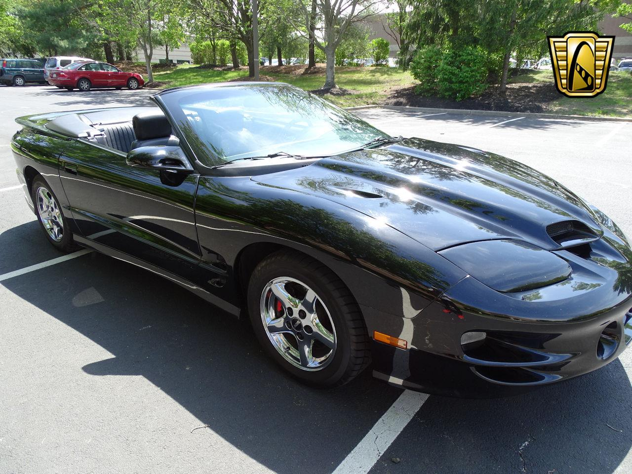 Large Picture of '00 Pontiac Firebird located in New Jersey - $17,595.00 - M5ID