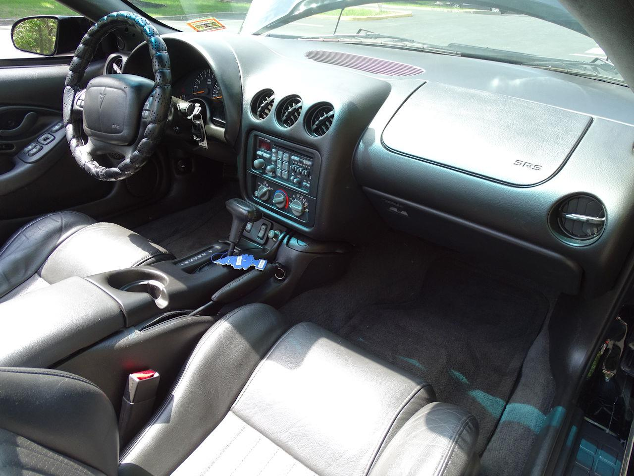 Large Picture of 2000 Pontiac Firebird Offered by Gateway Classic Cars - Philadelphia - M5ID