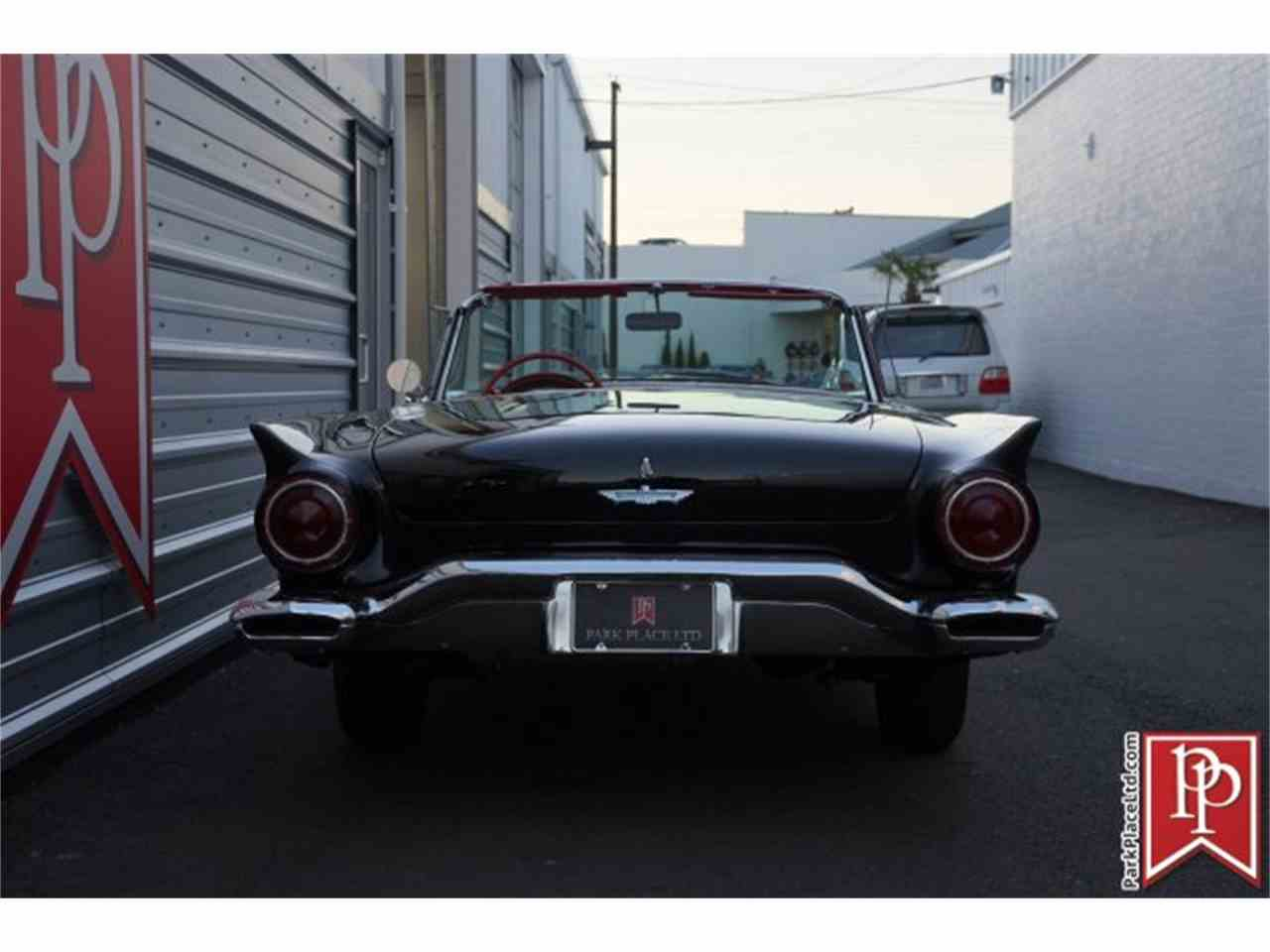 Large Picture of '57 Thunderbird - M5J8