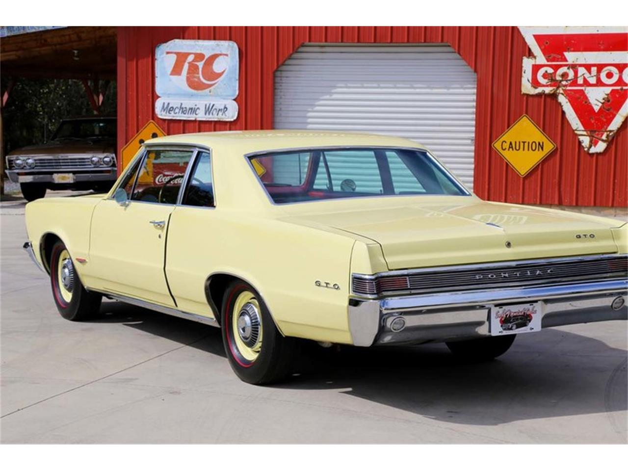 Large Picture of 1965 Pontiac GTO located in Lenoir City Tennessee - $51,995.00 Offered by Smoky Mountain Traders - M5KL