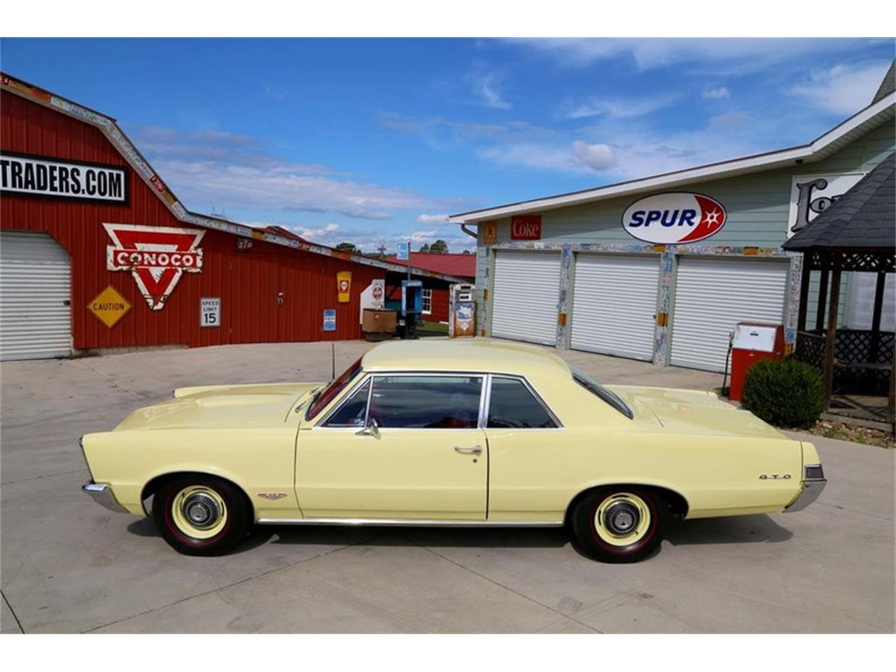 Large Picture of 1965 Pontiac GTO - $51,995.00 Offered by Smoky Mountain Traders - M5KL