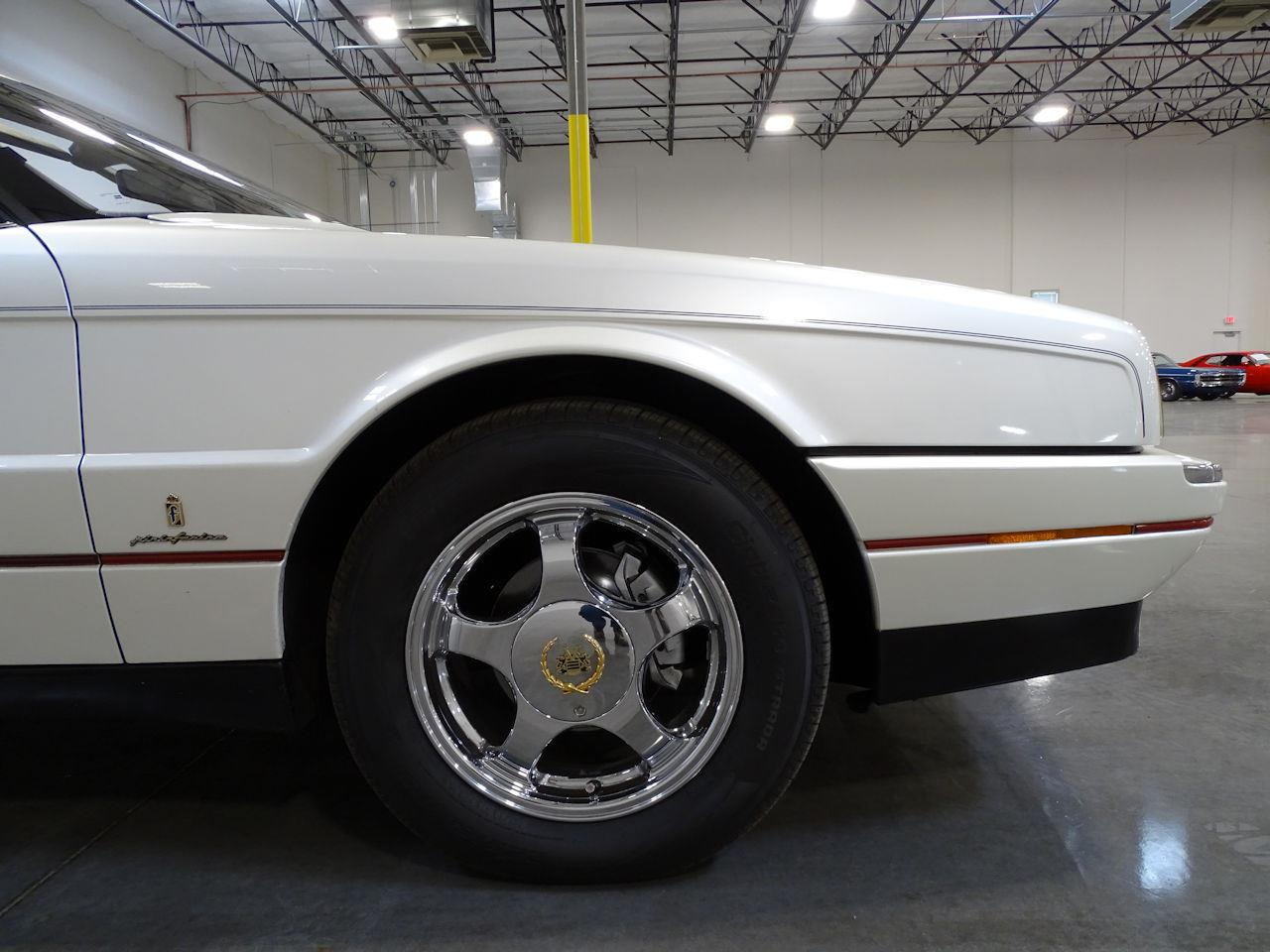Large Picture of '92 Allante - M5L4