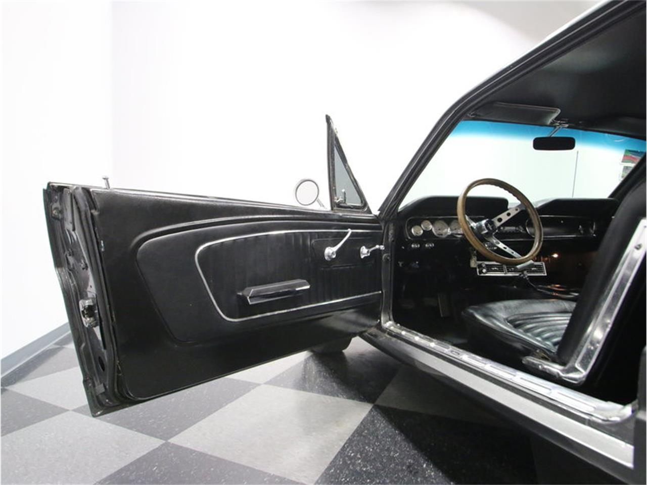 Large Picture of Classic '65 Ford Mustang Offered by Streetside Classics - Nashville - M5MV