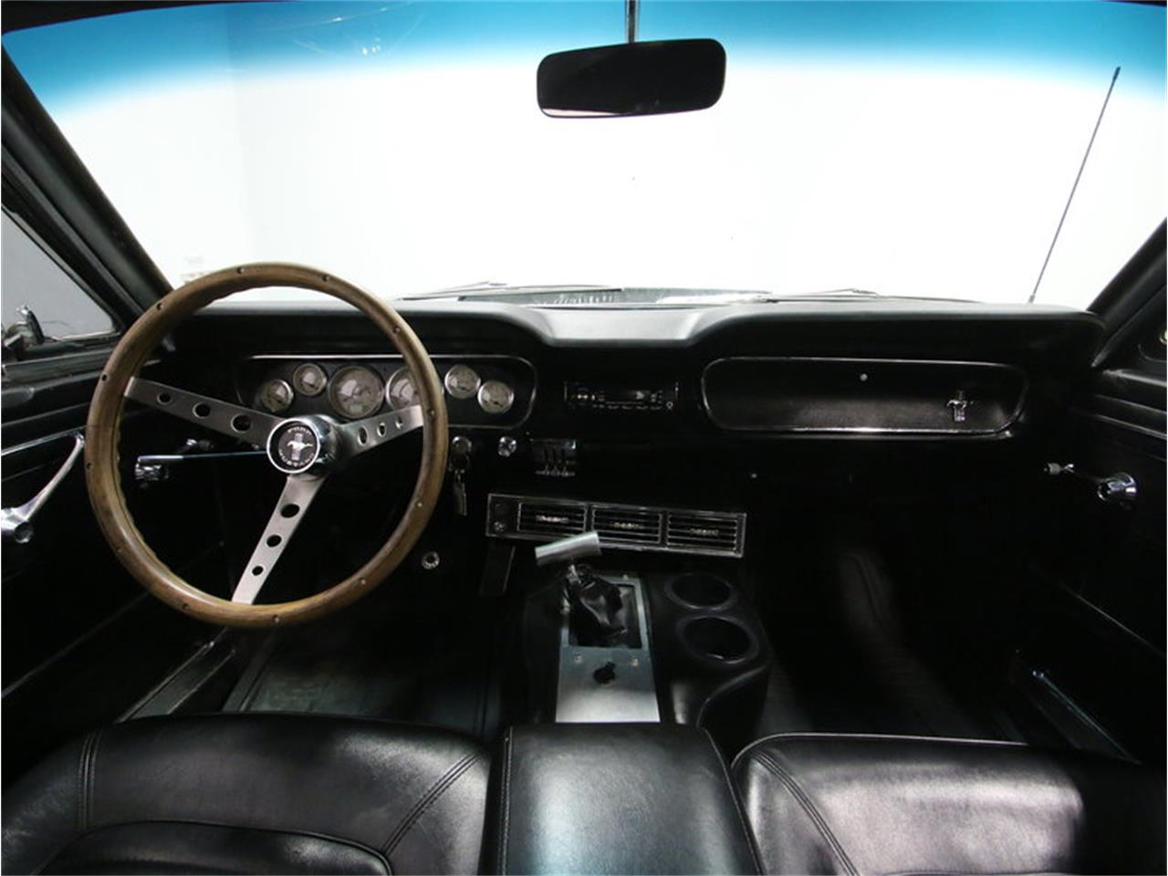 Large Picture of Classic '65 Mustang located in Tennessee - M5MV