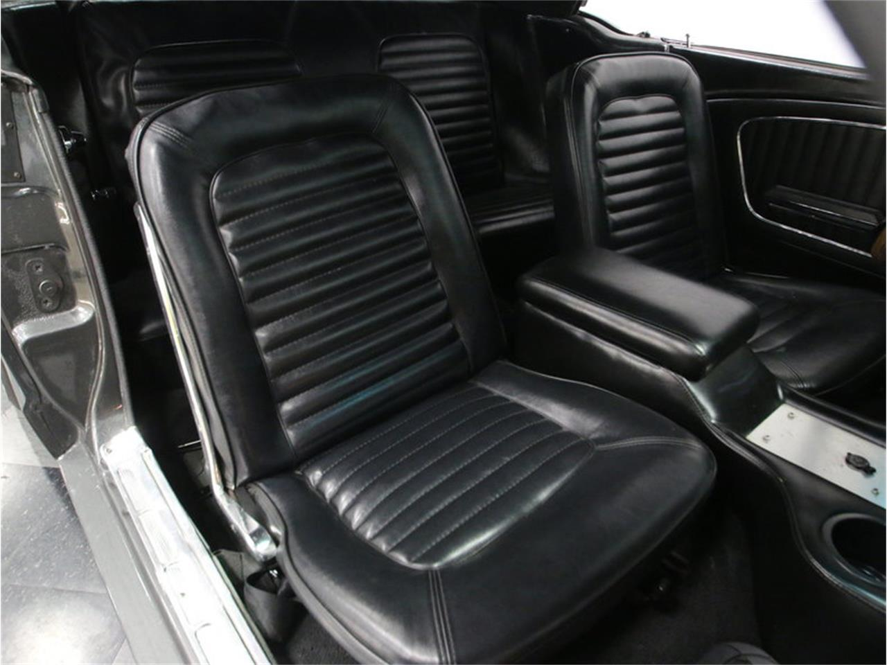 Large Picture of 1965 Ford Mustang - $24,995.00 - M5MV