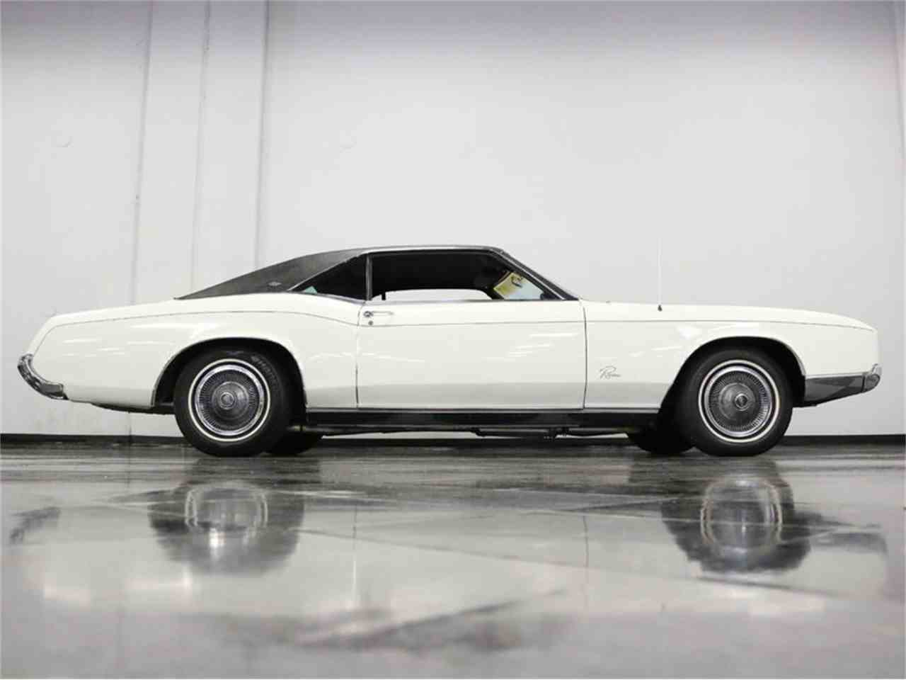 Large Picture of Classic 1967 Buick Riviera - M5N7