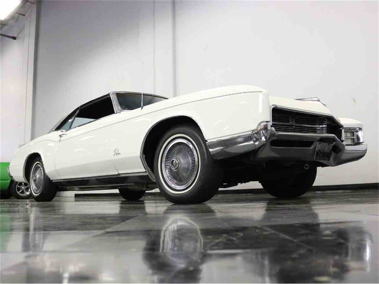 Large Picture of Classic '67 Riviera located in Texas - M5N7