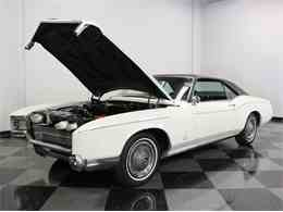 Picture of '67 Riviera located in Ft Worth Texas Offered by Streetside Classics - Dallas / Fort Worth - M5N7