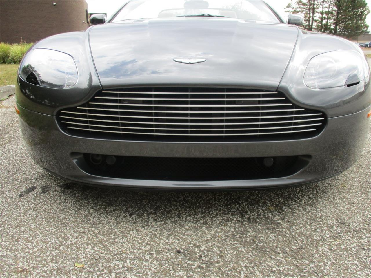 Large Picture of '09 V8 Vantage Roadster - $49,500.00 - M5PD