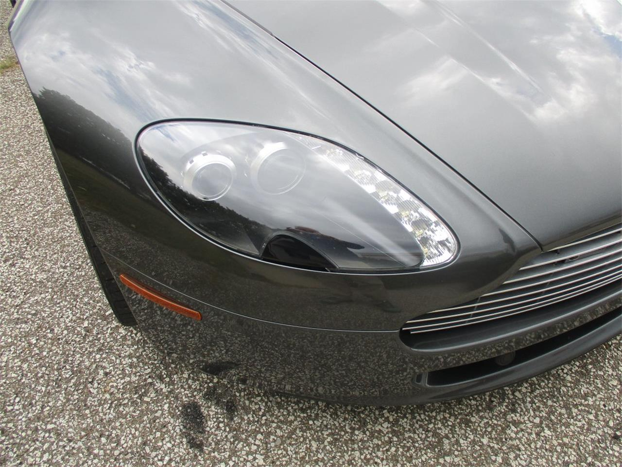 Large Picture of '09 Aston Martin V8 Vantage Roadster located in Bedford Heights Ohio - M5PD
