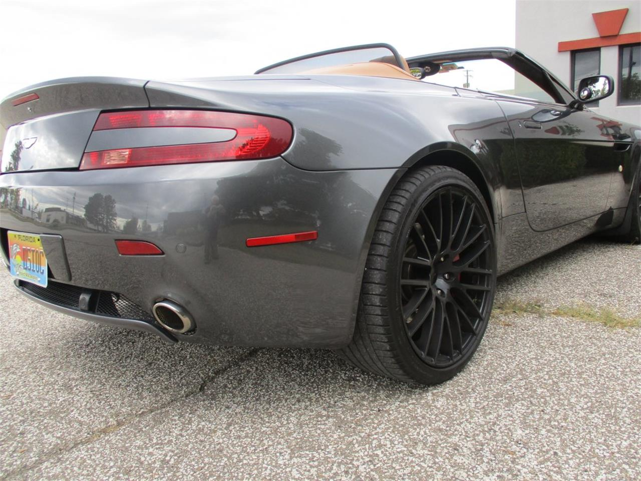 Large Picture of '09 Aston Martin V8 Vantage Roadster - M5PD
